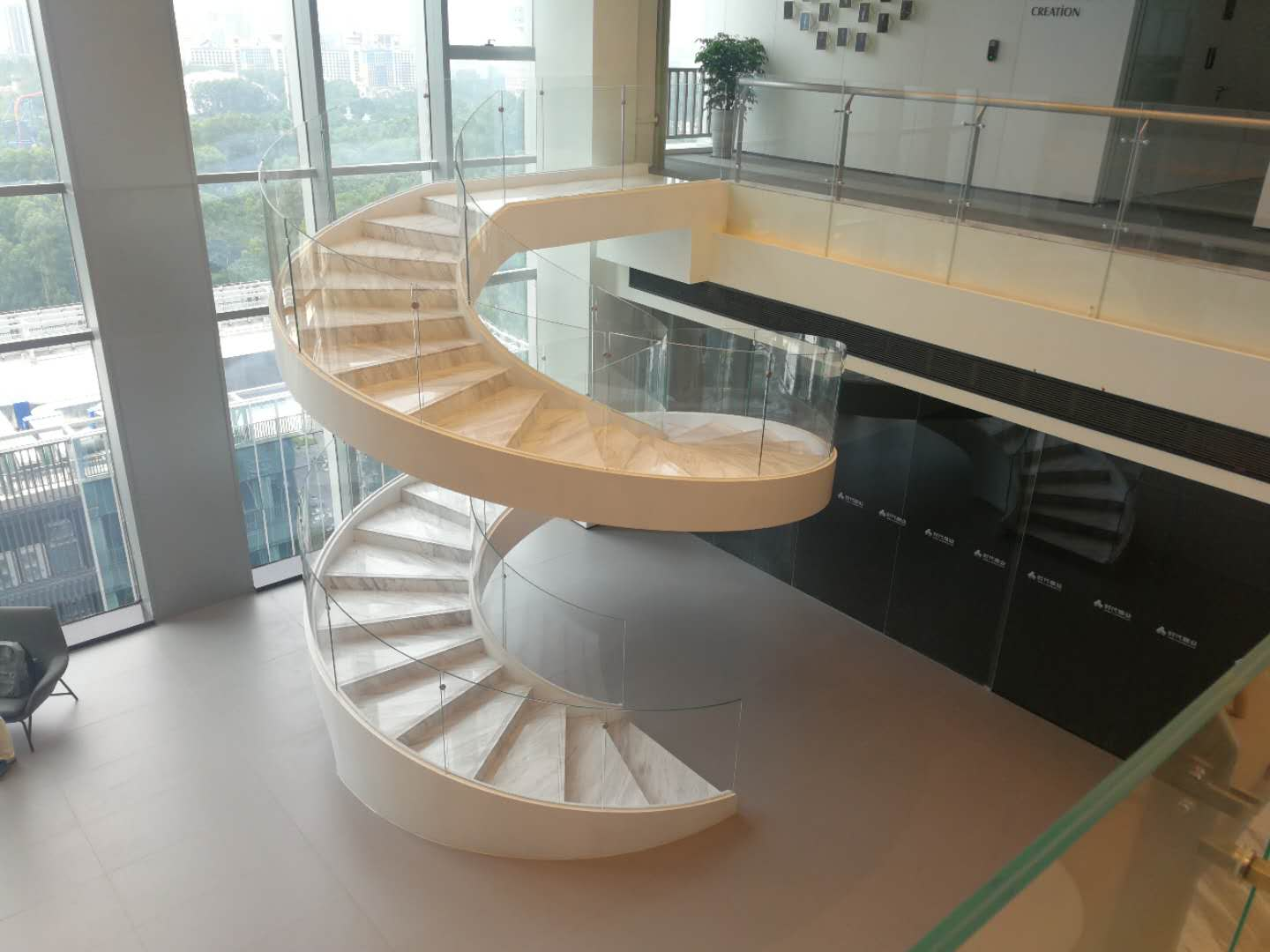 New contemporary curved staircase wholesale for indoor-4