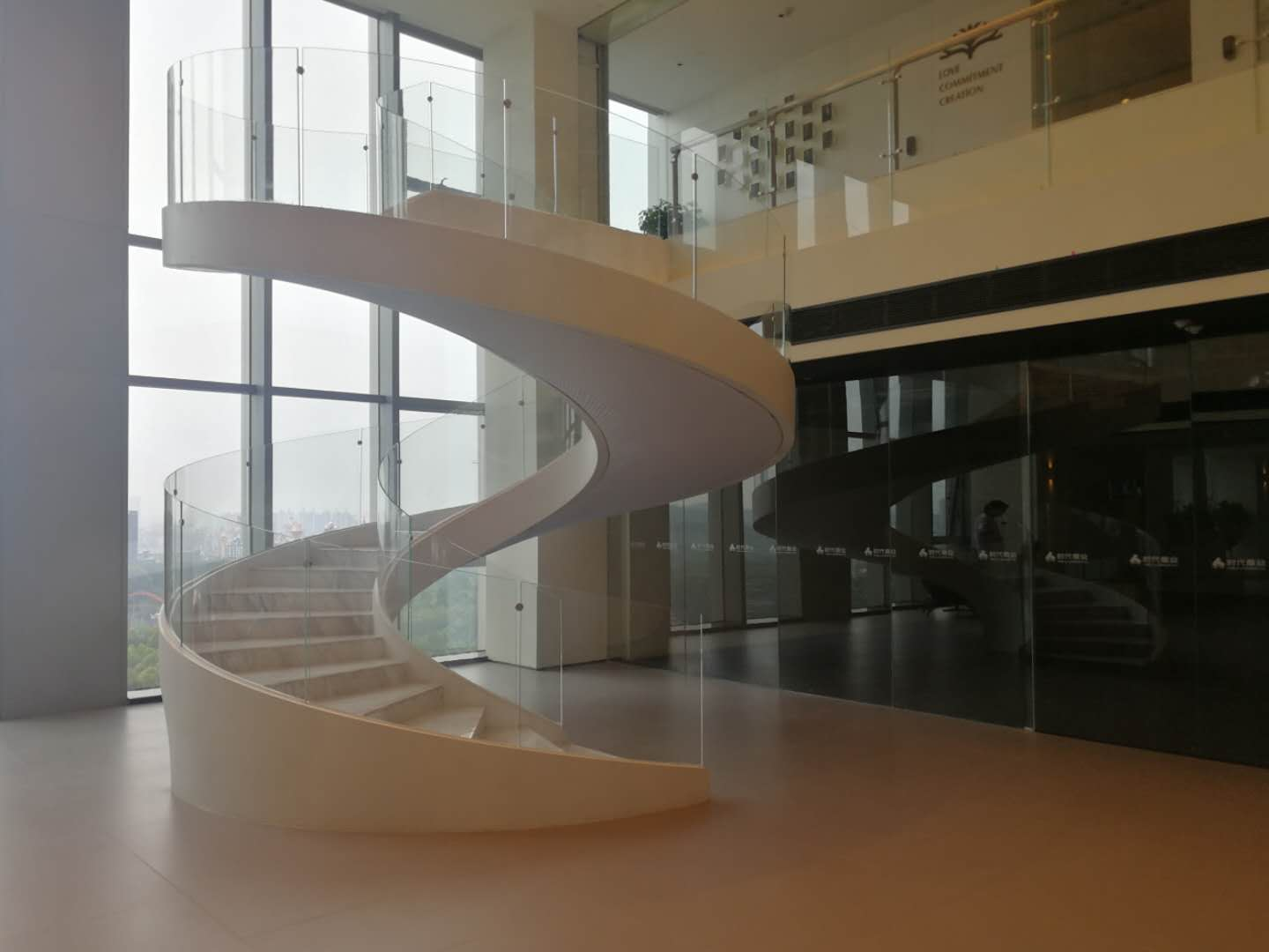 New contemporary curved staircase wholesale for indoor-5